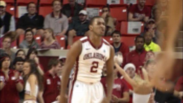 Oklahoma Knocks Off Arkansas At Home
