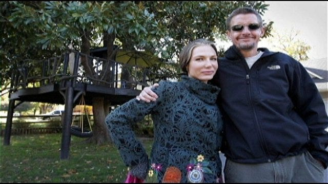Tulsa Family Builds Tree House In Front Yard