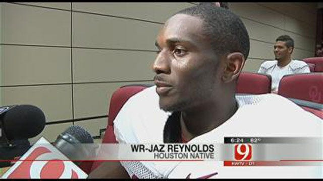 Sooners From Texas Discuss Red River Rivalry