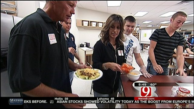 News 9 Visits Family And Consumer Sciences Class In Purcell High School