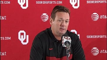 Bob Stoops Talks About Importance of Solid Practice During The Week