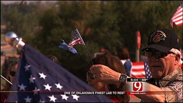 Oklahoma Soldier Buried In Edmond Service