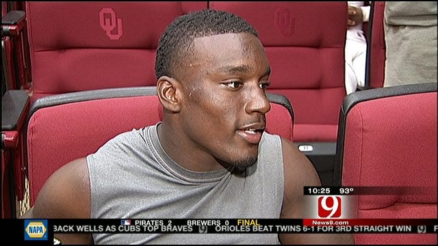 OU Practice Report: Roy Finch Comfortable In Slot
