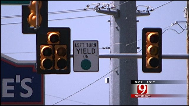 Drivers Confused By Some OKC Traffic LIghts