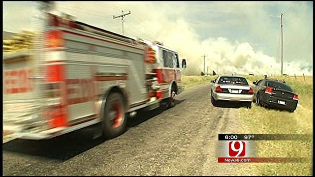 Wildfire Threatens SW Oklahoma City Homes