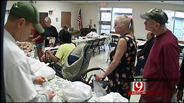 Regional Food Bank Helping 4,000 Oklahoma Seniors With Groceries
