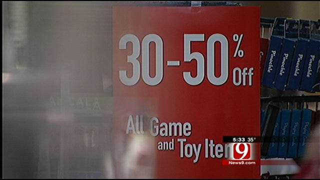 OKC Shoppers Hit The Mall For After Christmas Sales, Returns