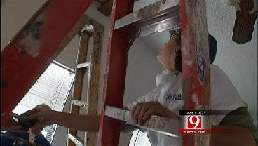 2 Florida Women Travel Country For Habitat For Humanity