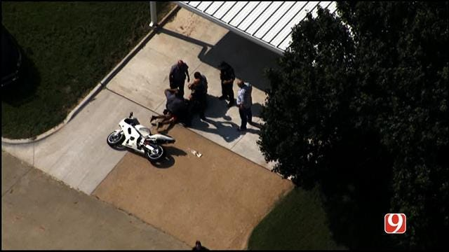 WEB EXTRA: SkyNews9 Flies Over High-Speed Chase In OKC
