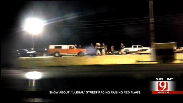"""Illegal"" Street Racing Show Shuts Down Highway With Police Help"