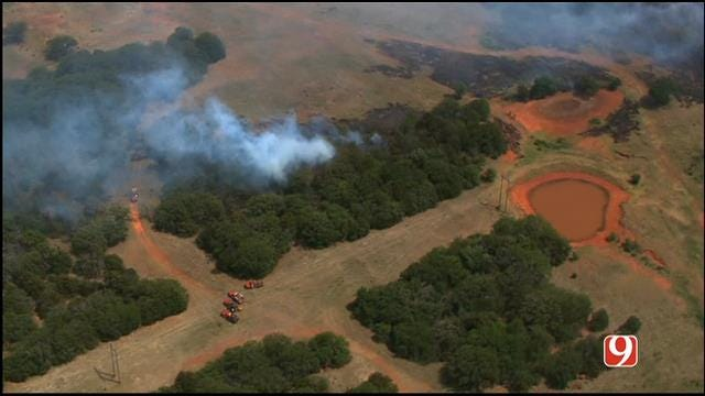 Bob Mills SkyNews 9 HD Flies Over Grass Fire Near Guthrie