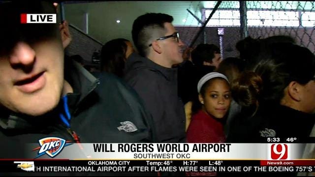 Fans Gather At Will Rogers Airport, Talk About Thunder Win