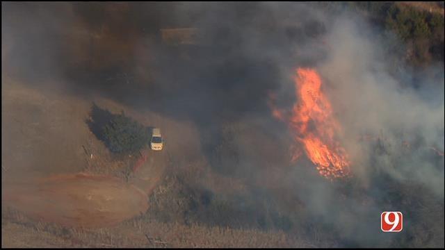 WEB EXTRA: Sky News 9 Flies Over Fire Along I-44