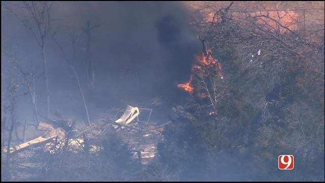 WEB EXTRA: Bob Mills SkyNews 9 HD Flies Over Grass Fire Near Bethel Acres