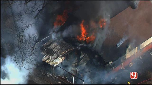 WEB EXTRA: Bob Mills SkyNews9 HD Flies Over Fire Near Noble