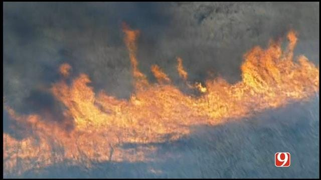 WEB EXTRA: Sky News 9 Flies Over Grass Fire Near Home In NW OKC