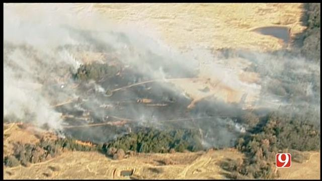 Grass Fire Burns Near Homes In Lincoln County