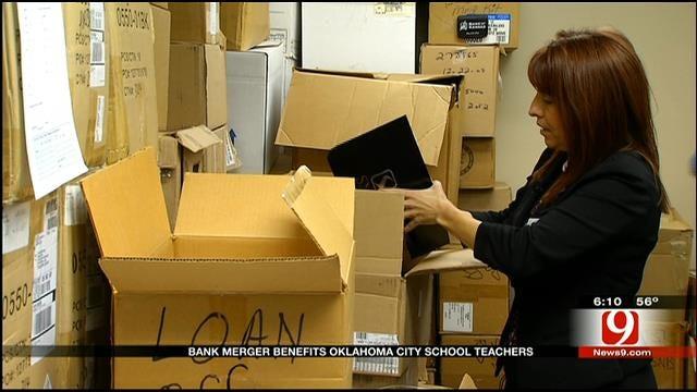 Bank Donates Truck Load Of Office Supplies OKC Public Schools