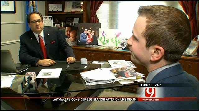 OK Lawmakers Consider Outlawing Young Children Being Left Home Alone