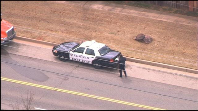 WEB EXTRA: SkyNews 9 Flies Over Officer-Involved Crash In Edmond