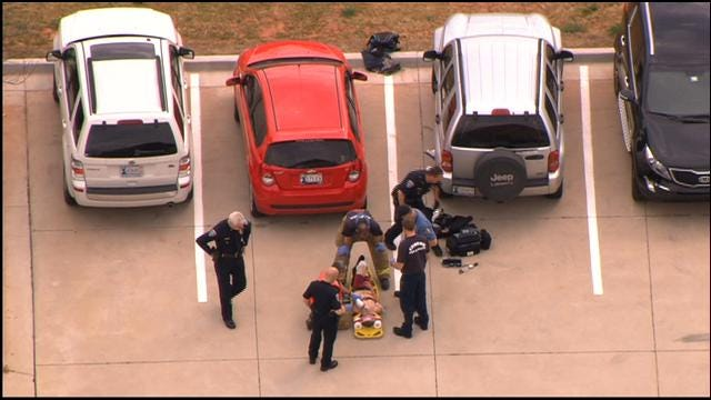 WEB EXTRA: Edmond Police Catch Suspect After Brief Chase