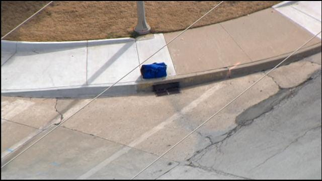 WEB EXTRA: SkyNews 9 Flies Over Suspicious Package Investigation