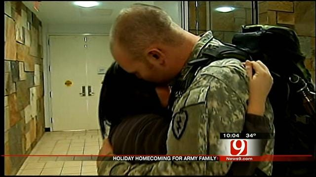 Oklahoma Soldier Stationed In Hawaii Returns Home On Christmas Eve