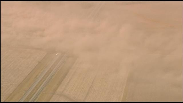 Bob Mills SkyNews 9 HD Flies Over Dust Storm In Kay County