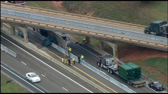 WEB EXTRA: Semi Crashes Into Bridge On Eastbound Turner Turnpike