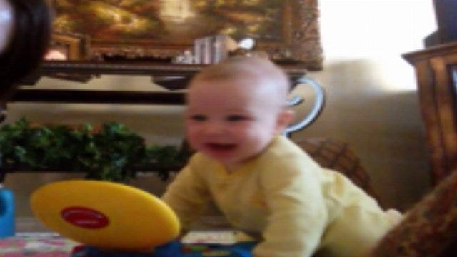 Amanda's Baby Blog: Gage Gets The Giggles