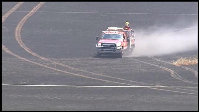 Fire Fighters Contain Grassfire At I-240 & Douglas