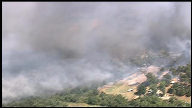 SkyNews 9 Flies Over Grass Fire In Cleveland County