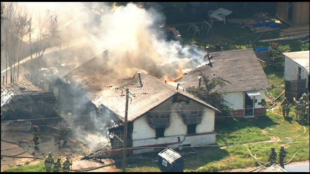 WEB EXTRA: SkyNews 9 Flies Over Commercial Fire In OKC