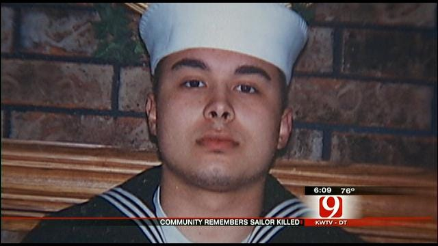 Shawnee Community Honors Fallen Hero