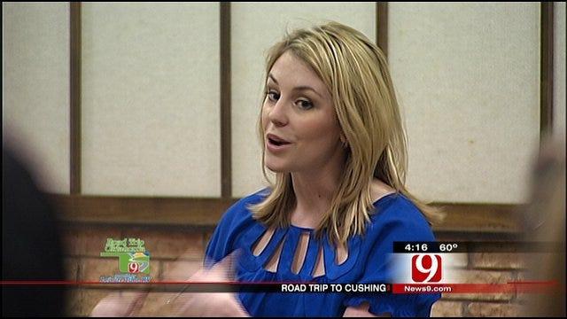 Lauren Nelson Speaks To FCA Members At Cushing High School