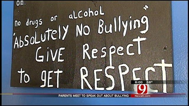 El Reno Parents Host Meeting To Combat Bullying