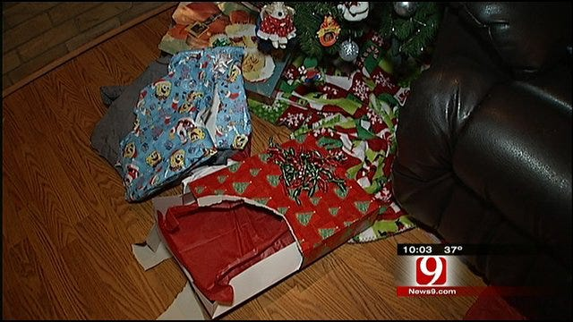 Grinch Steals Christmas From Oklahoma City Family
