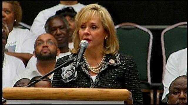 Governor Mary Fallin Pays Tribute To Clara Luper