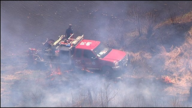 Brush Pumper Gets Stuck, Almost Catches On Fire In N.E. OKC Wildfire