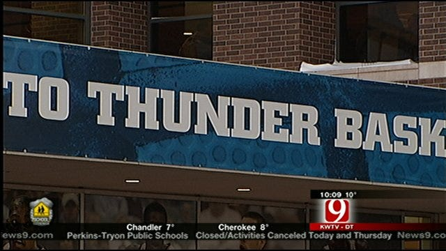 Slick Roads Or Not, Fans Flock To Thunder Game