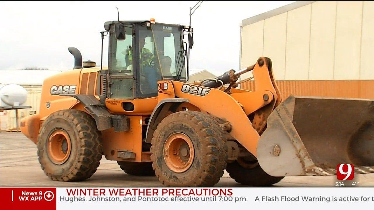 Rain Delays OKC's Wintry Weather Preparations