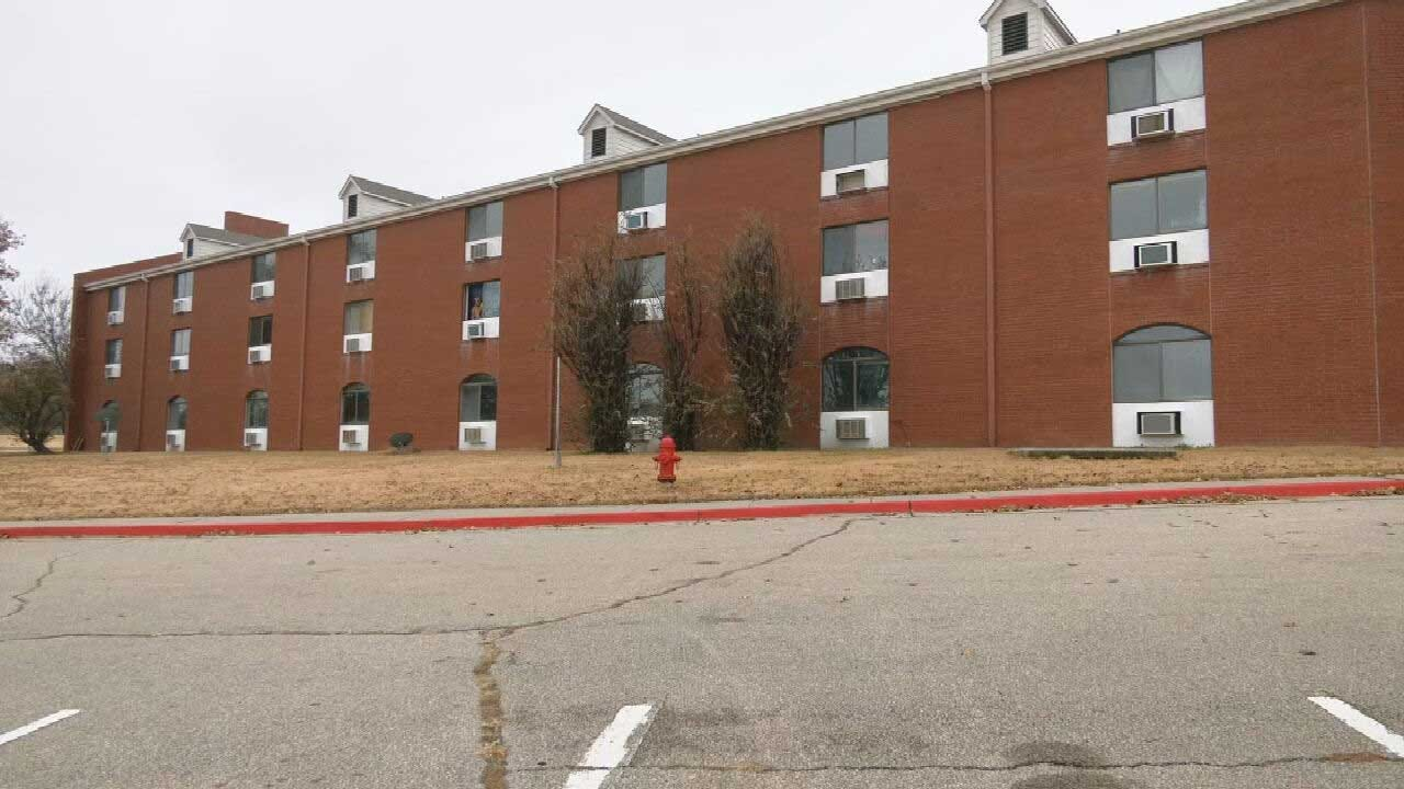 City Council Plans To Turn Edmond Apartments Into Hotel