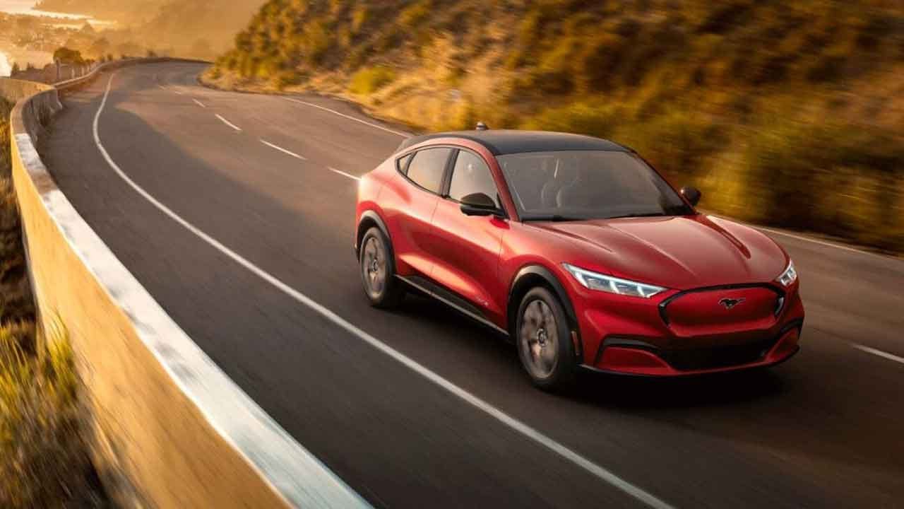 Ford Unveils Mustang Mach E, Its 1st All-Electric SUV