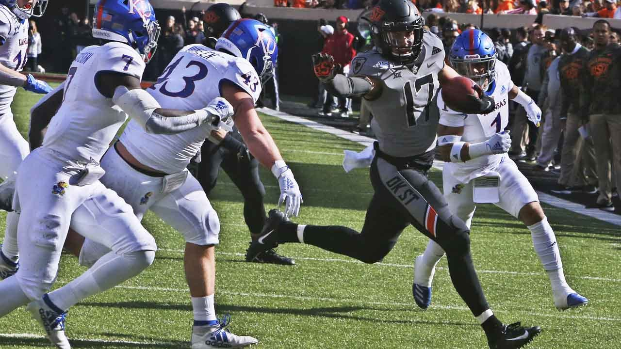 Hubbard, Stoner Lead No. 25 Oklahoma St. Past Kansas 31-6