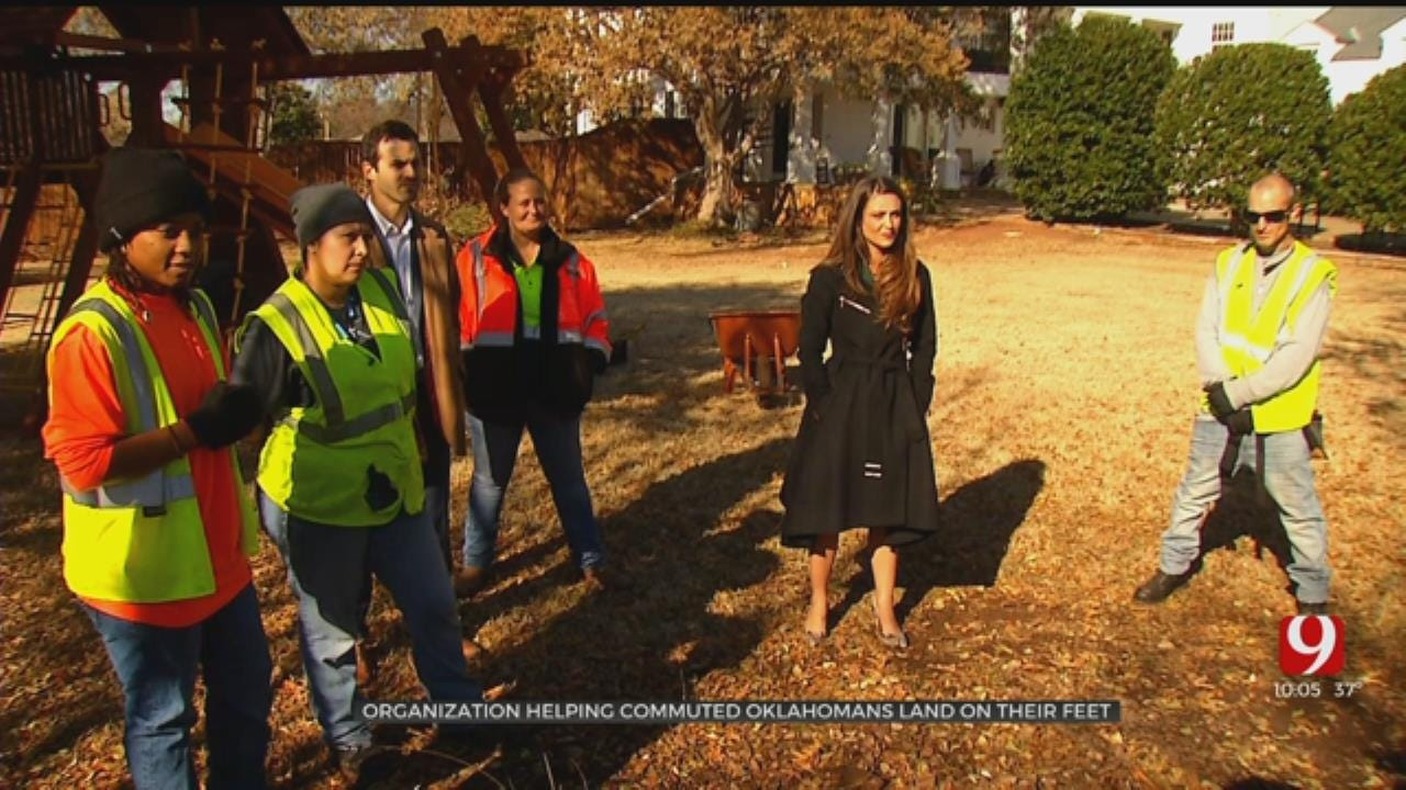 Oklahoma's First Lady Welcomes Commuted Workers To Centennial House