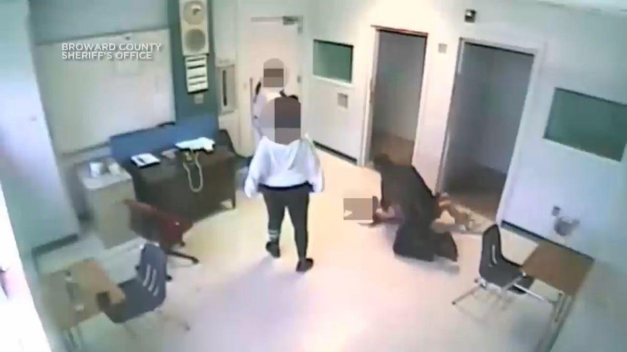 Florida Sheriff's Deputy Arrested For Slamming 15-Year-Old Girl