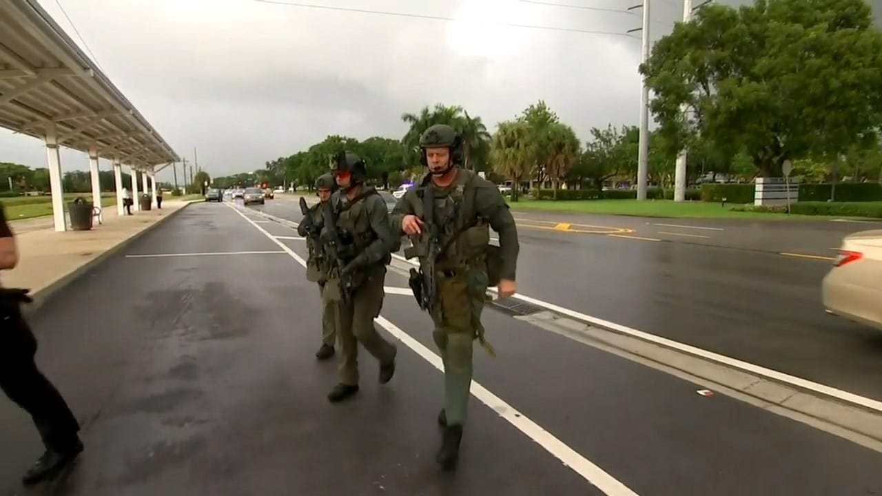 Police: SWAT Team Sweeps Florida Mall After Report Of Shots