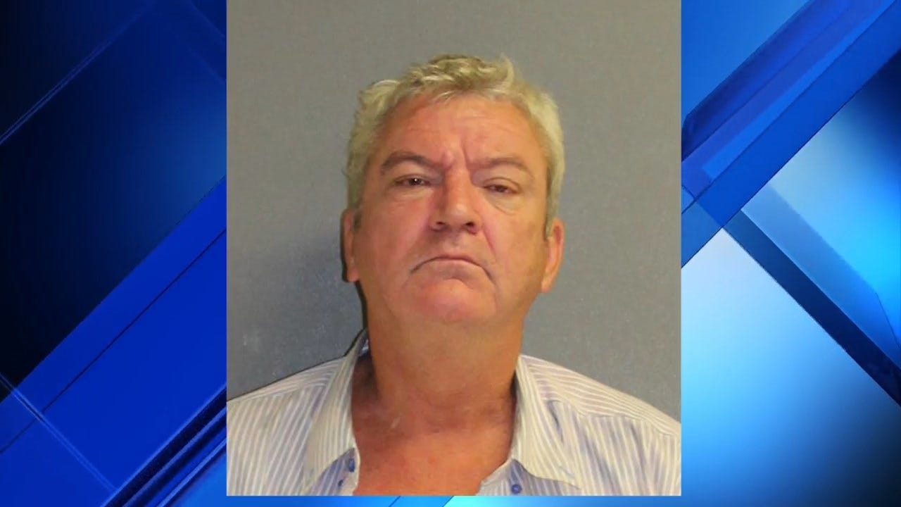 WATCH: Drunk Florida Man With Knife Arrested After Barging Into High School Classroom