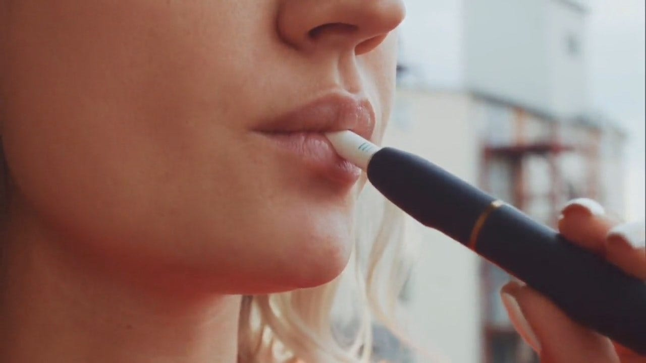Parents Appeal To Congress To Keep Teenagers Away From E-Cigarettes