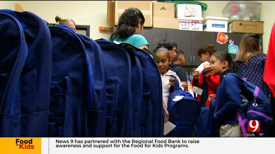 Backpack Coordinators Help Chronically Hungry Students